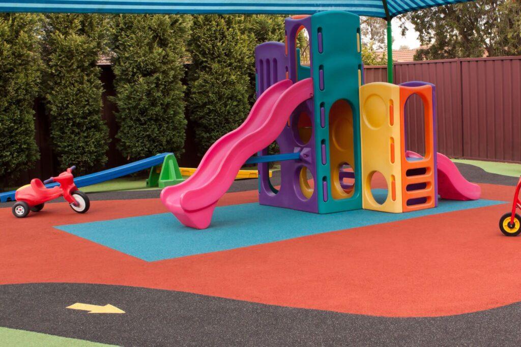 покрытия детских площадок